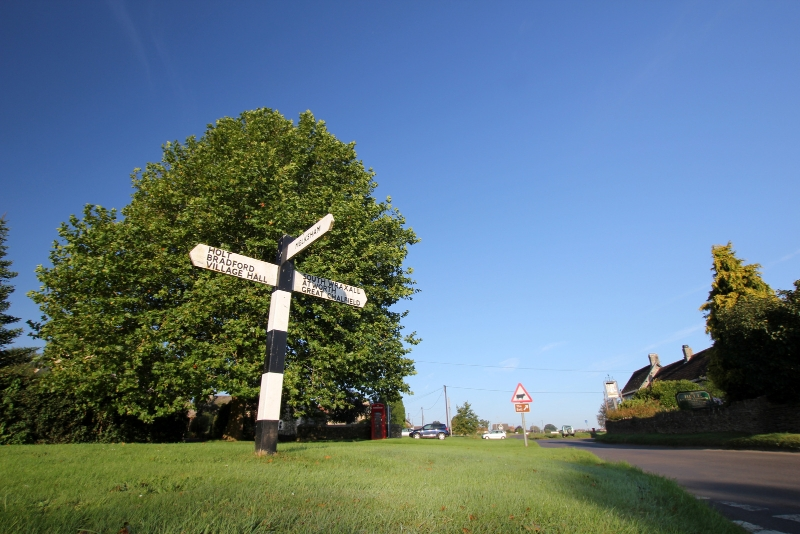 Signposts in Broughton Gifford