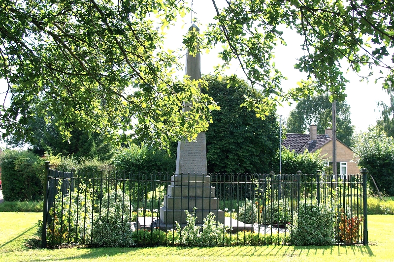 War Memorial in Broughton Gifford